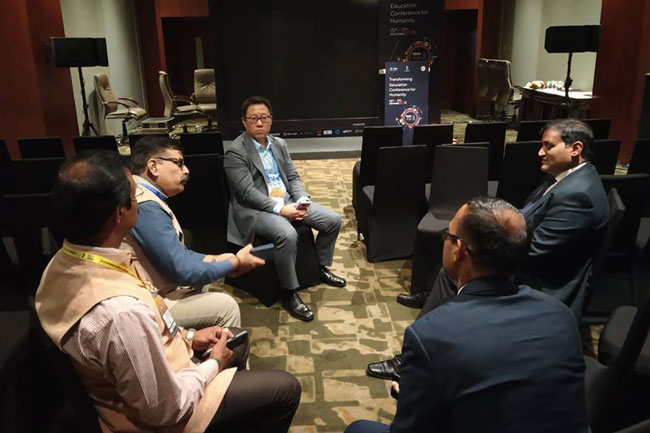 APEDB team met Mr. Peter Rhee, Deputy MD, Samsung India and Dr. Deepak Bhardwaj, VP Strategy and Investments on the sidelines of the Tech 2018 event - Mr. J. Krishna Kishore, CEO, APEDB