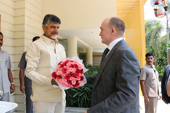 A High-level delegation from Chelyabinsk region, Russian Federation, led by the Hon'ble Governor, meets the Hon'ble Chief Minister of Andhra Pradesh - Morning Session