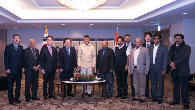 Hon'ble Chief Minister meets with the Mayor of Busan, South Korea.